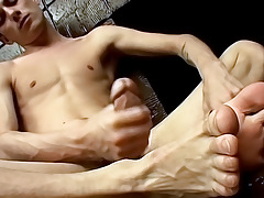 Hung Twinks Yummy Foot Load - Phillip Ashton