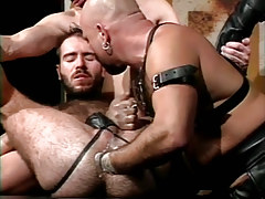 Hairy dilf fistfucked by mature bear man in fetish orgy