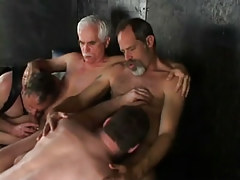 Lusty daddies sucked by men